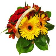 A small basket of flowers - flowers and bouquets on roza.pl.ua