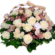 A delicate basket of flowers - flowers and bouquets on roza.pl.ua
