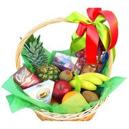 Wonderful gift basket - flowers and bouquets on roza.pl.ua