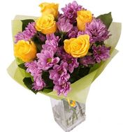 Bouquet of 5 roses and 4 chrysanthemums - flowers and bouquets on roza.pl.ua