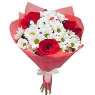 Bouquet of 3 roses and 4 chrysanthemums - flowers and bouquets on roza.pl.ua