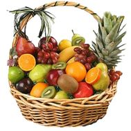 Large fruit basket - flowers and bouquets on roza.pl.ua