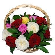 Basket of 17 multi-colored roses - flowers and bouquets on roza.pl.ua