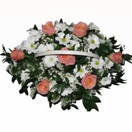 Basket of 7 roses and 6 chrysanthemums - flowers and bouquets on roza.pl.ua