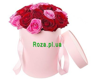 """Bouquet of roses in a box"" in the online flower shop roza.pl.ua"