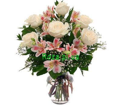 """""""Bouquet of 7 roses and 4 alstromeries"""" in the online flower shop roza.pl.ua"""
