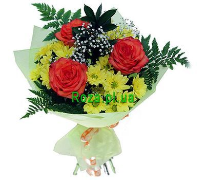 """Bouquet of 3 roses and 4 chrysanthemums"" in the online flower shop roza.pl.ua"