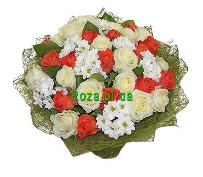 """Bouquet of 32 roses and 7 chrysanthemums"" in the online flower shop roza.pl.ua"